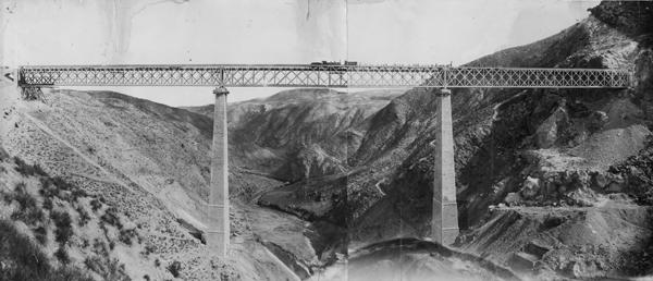 Últimos días de la construcción del viaducto