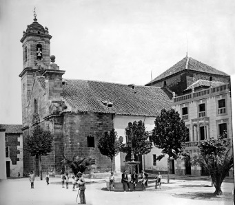 La plaza de la Constitución a finales de los veinte. Fuente: Manuel Herrera Valenzuela.