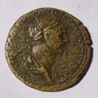 Anverso de moneda romana encontrada en el camino del Buitre