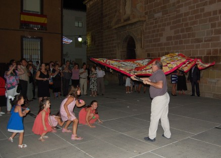 """La """"Bandera de Cabrilla"""" de la hermana localidad de Jimena"""
